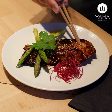 YAMA-sushi-bar
